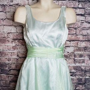 Jessica McClintock Dresses - Jessica McClintock Bridal Seafoam Dreass, Size 6